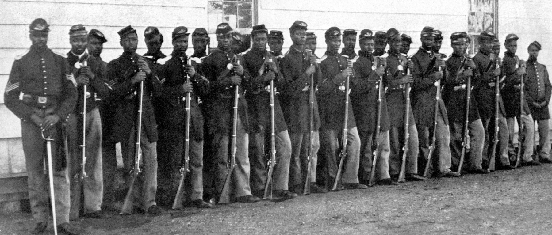 """glory fifty fourth massachusetts regiment On the 150th anniversary of the bloody battle that inspired the movie """"glory,"""" take a look back at the all-black 54th massachusetts regiment on the 150th anniversary of the bloody battle that."""
